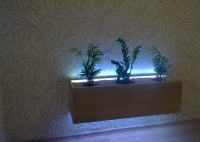 Květináč s LED podsvícením